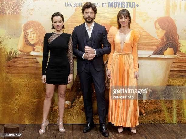 Veronica Sanchez Alvaro Morte and Irene Arcos attend the 'El Embarcadero' premiere at Callao cinema on January 17 2019 in Madrid Spain