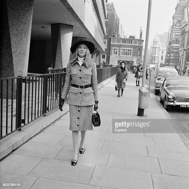 Veronica Thynne née Veronica Ann Jackson in London during her divorce from Lord Valentine Charles Thynne son of the 6th Marquess of Bath UK 10th...