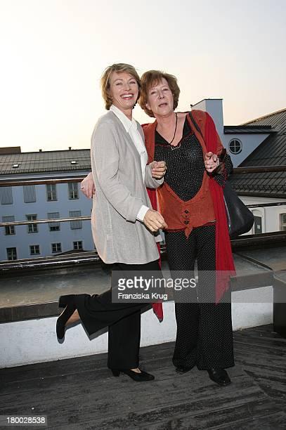 Veronika Fitz Und Begleitung Bei Dem Ndf Empfang After Work 2007 Im Hotel 8Seasons Am In München 140307