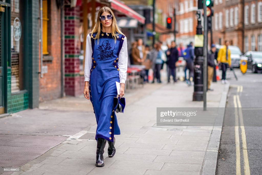 Street Style: Day 2 - LFW September 2017 : News Photo