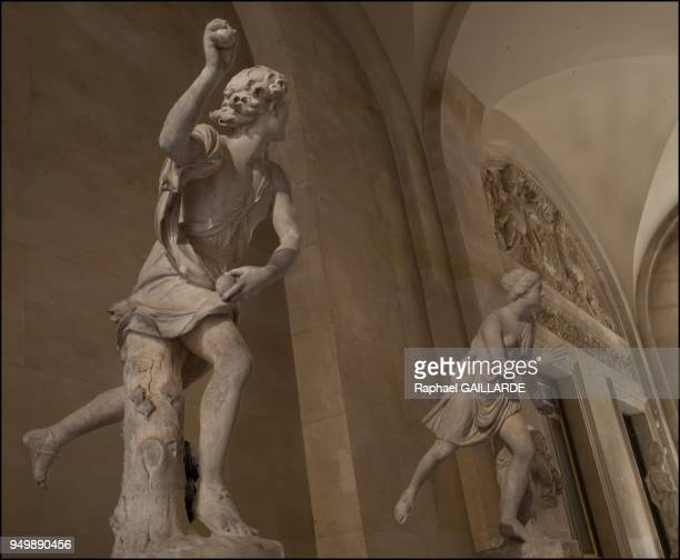 Versailles and the Classic ArtHippomene marble statue by Guillaume 1st Coustou 17111712 background on the right Atalante mazarin marble on November...