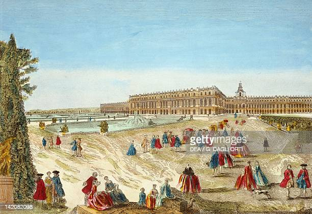 Versailles Castle seen from the gardens France 18th Century Engraving