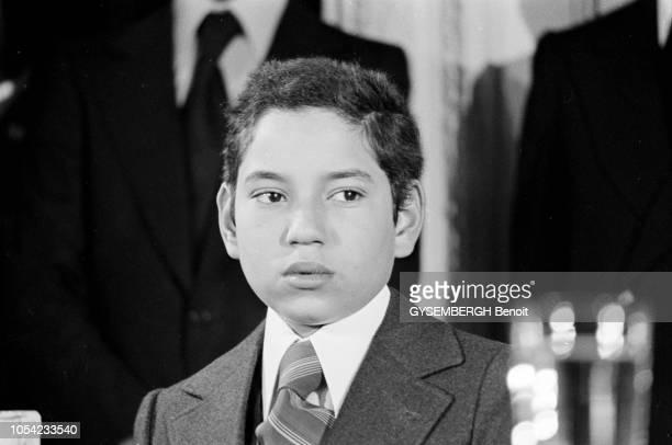 Versailles France 25 novembre 1976 La visite officielle en France du roi HASSAN II du Maroc accompagné de ses enfants Sidi Mohammed et Moulay Rachid...