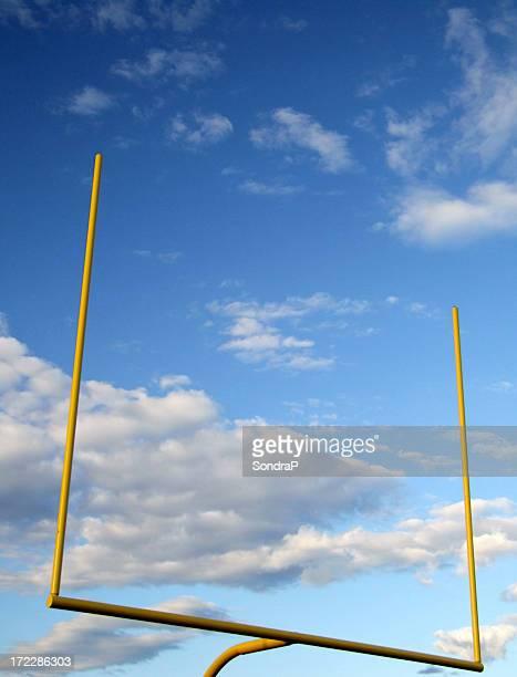 垂直目標ポスト - アメリカンフットボールのフィールドゴール ストックフォトと画像