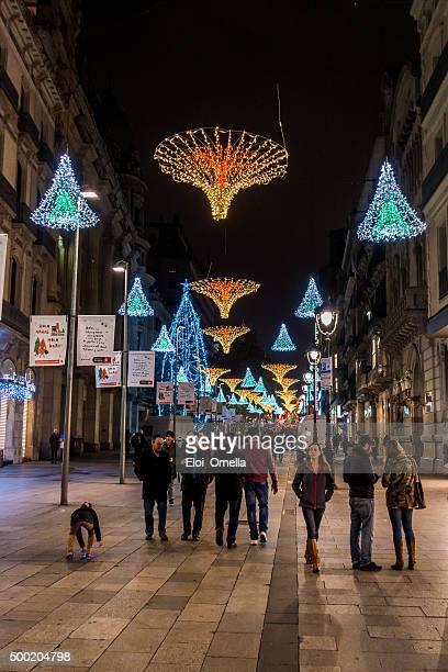 vertical portal del angel barcelona nadal navidad christmas decoration - nadal stock pictures, royalty-free photos & images