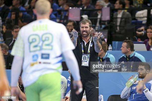 Veselin Vujovic Head Coach of Slovenia is reacting to a play during the 25th IHF Men's World Championship 2017 Semi Final match between France and...