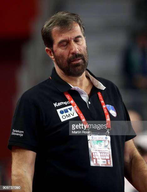 Veselin Vujovic head coach of Slovenia reacts during the Men's Handball European Championship main round match between Slovenia and Czech Republic at...