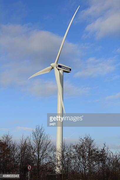 vestas wind turbine - pejft stock pictures, royalty-free photos & images