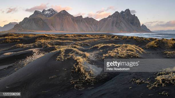vestrahorn dunes - dunes arena stock pictures, royalty-free photos & images