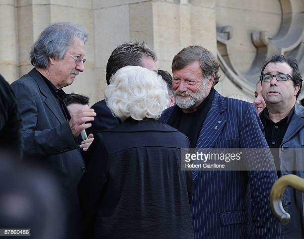 Veteran actor Val Jellay talks with Michael Caton and Jack Thompson at the State Funeral for veteran Australian actor Charles William 'Bud' Tingwell...