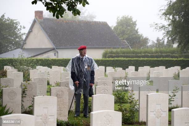 Veteran attends a service of remembrance at Bayeux Cemetery during D-Day 74th anniversary commemorations in Normandy on June 6, 2018 in Bayeux,...