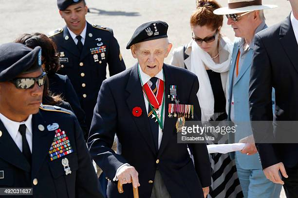 A veteran attends the Polish commemoration service ceremony at Polish Cemetery on May 18 2014 in Monte Cassino Italy Prince Harry will attend a...