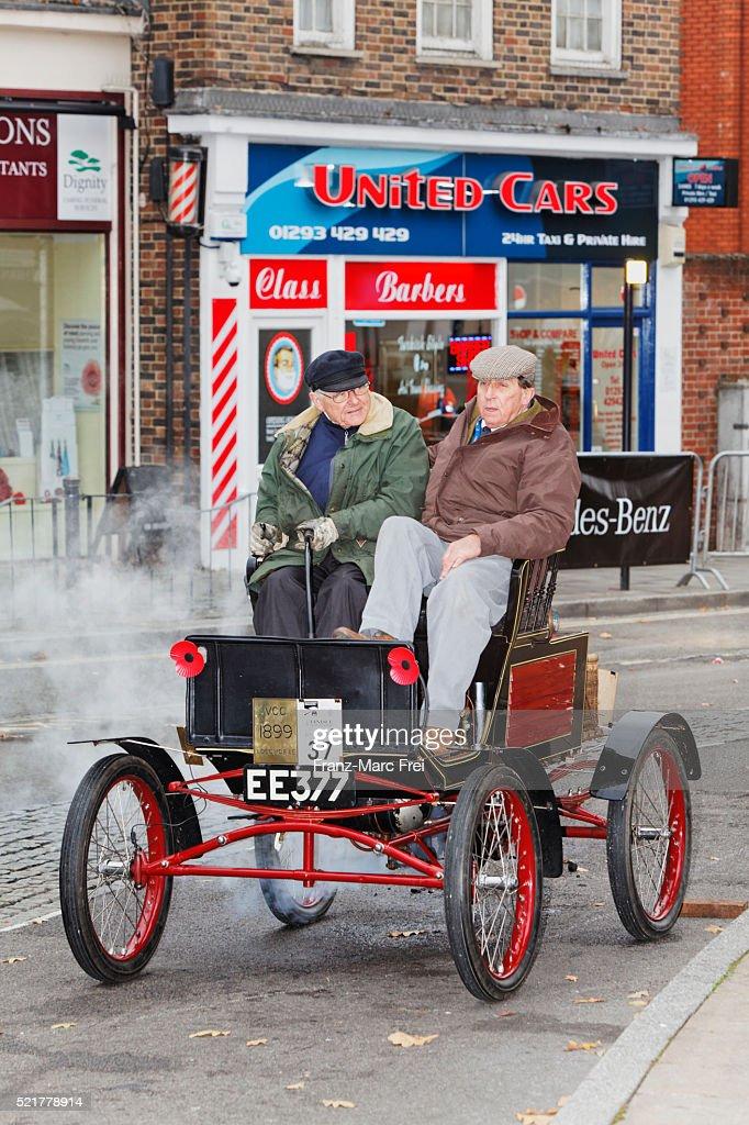 Veteran Car Rally Londonbrighton Crawley Stock Photo | Getty Images
