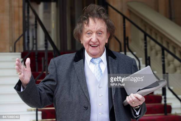 Veteran comedian Sir Ken Dodd arrives at Buckingham Palace to be made a knight in recognition of a career in entertainment lasting more than 60 years...