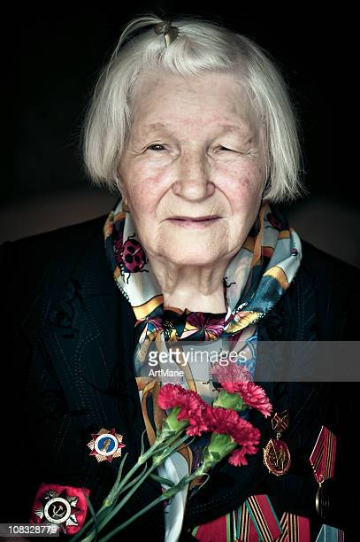 wwii veteran - victory day stock pictures, royalty-free photos & images