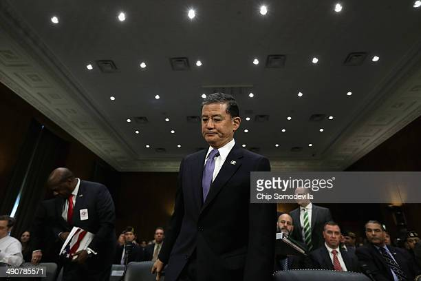 S Veterans Affairs Secretary Eric Shinseki arrives to testify before the Senate Veterans' Affairs Committee about wait times veterans face to get...