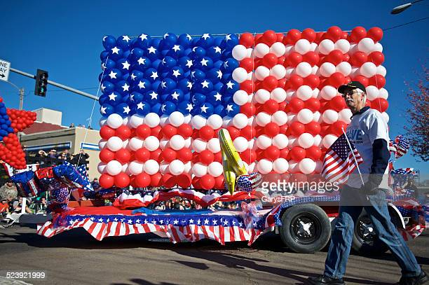 veterans day parade albany oregon balloon flag hewlett packard float - veterans day parade stock photos and pictures