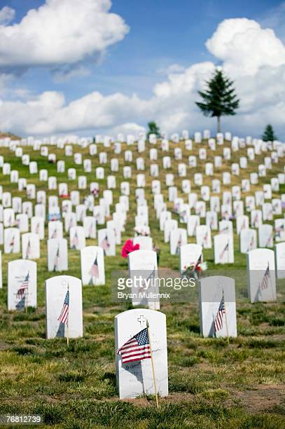 veterans' section of the santa fe national cemetery, new mexico, usa - korean war memorial stock pictures, royalty-free photos & images
