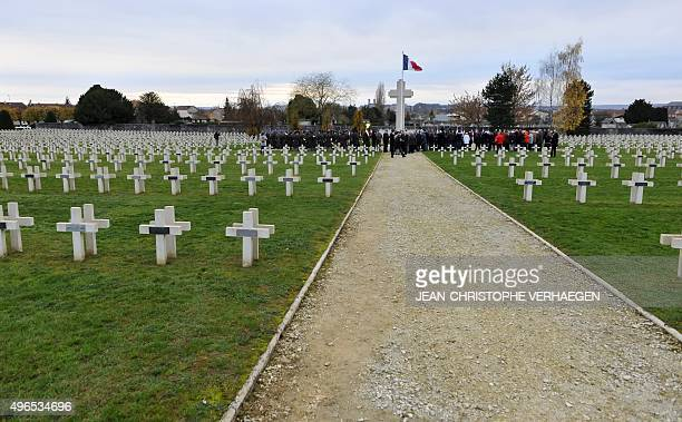 Veterans take part in a dedication ceremony for seven unknown French WWI soldiers on November 10 2015 in Verdun eastern France at the FaubourgPave...