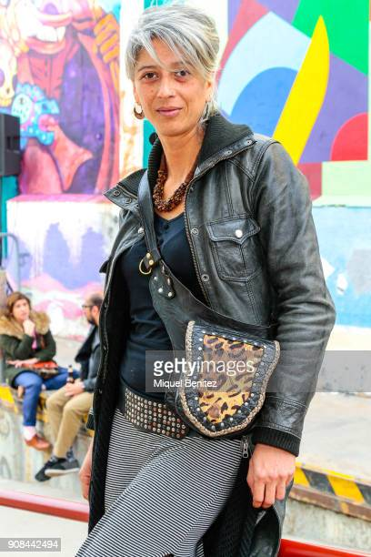 Veterinary Ariana Moya s wearing a Shipper black leather coat Just Woman black cardigan Only sweater Itally Wijl skirt an crafsman belt form a...