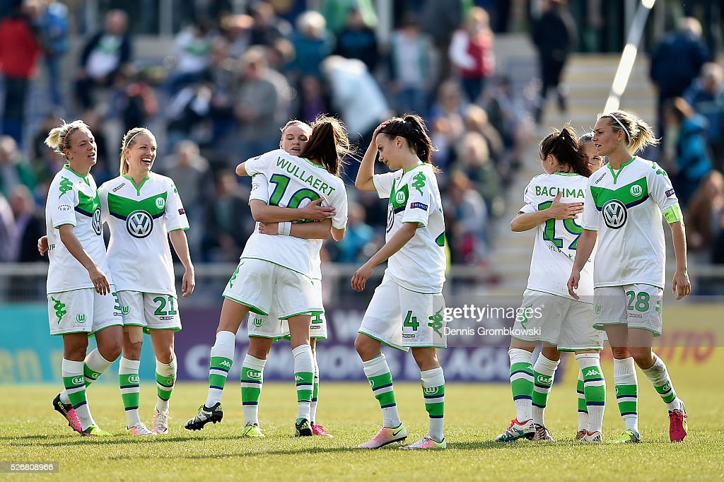 VfL Wolfsburg players celebrate victory in the UEFA Women's Champions League Semi Final second leg match between 1. FFC Frankfurt and VfL Wolfsburg at Stadion am Brentanobad on May 1, 2016 in Frankfurt am Main, Germany.