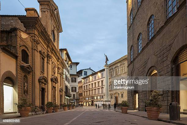 via (street) tornabuoni - incidental people stock pictures, royalty-free photos & images
