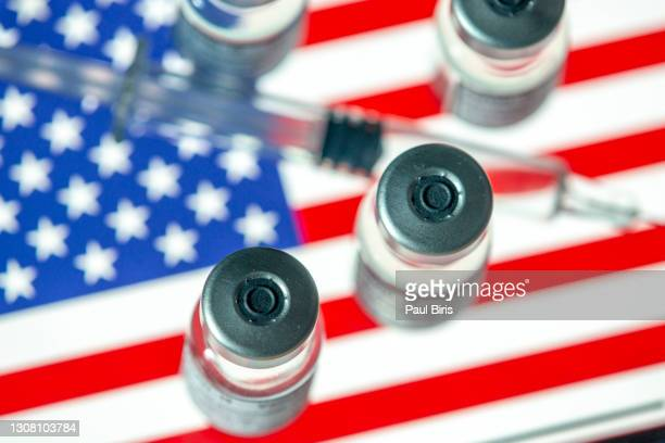 vial ampoule vaccine for corona virus covid-19 with national flag of us - american culture stock pictures, royalty-free photos & images