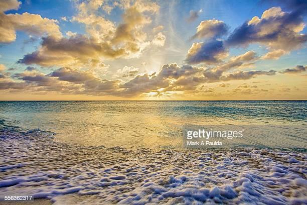 Vibrant Aruba shoreline Iimage