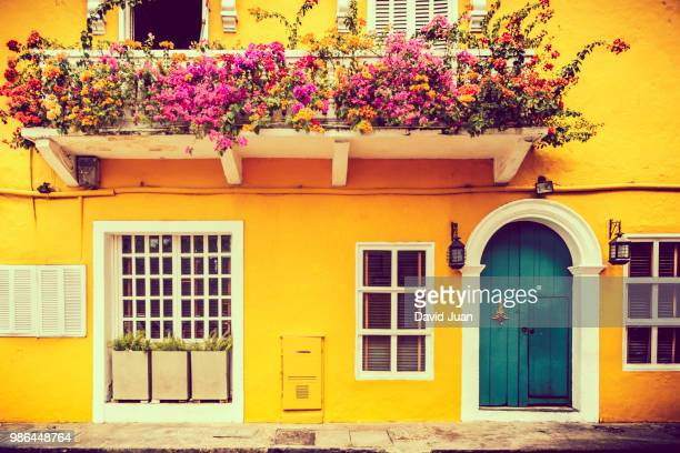 vibrant buildings in cartagena, colombia. - cartagena colombia foto e immagini stock