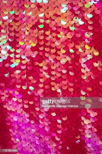 vibrant pink sequins - avondjurk stockfoto's en -beelden