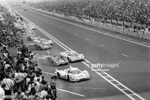 Vic Elford Jo Siffert Nino Vaccarella Porsche 917L Porsche 917K Ferrari 512S 24 Hours of Le Mans Le Mans 14 June 1970 Start of the 1970 24 Hours of...