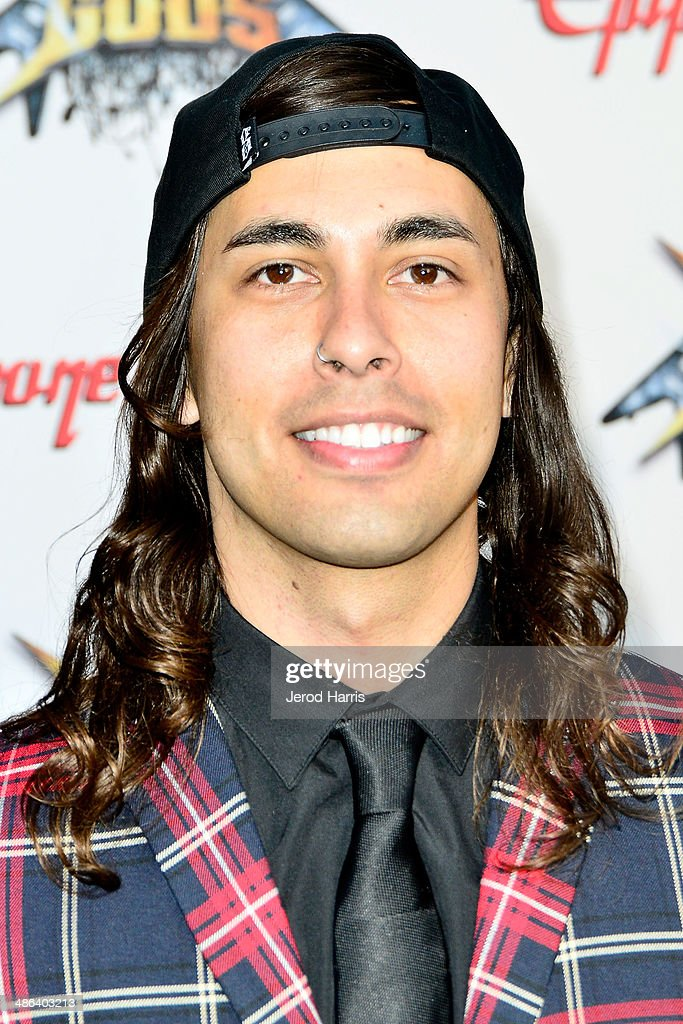 Vic Fuentes Dating 2014
