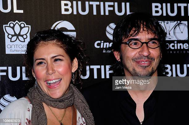 Vica Andrade and Memo del Bosque during the red carpet of the movie Biutiful at Cinemex Antara on October 18 2010 in Mexico City Mexico