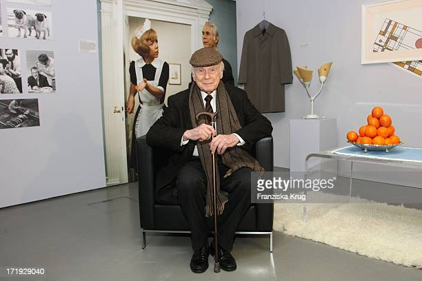 Vicco Von Bülow Bei Der Eröffnung Der Sonderausstellung 'Loriot Die Hommage' Im Museum Für Film Und Fernsehen In Berlin