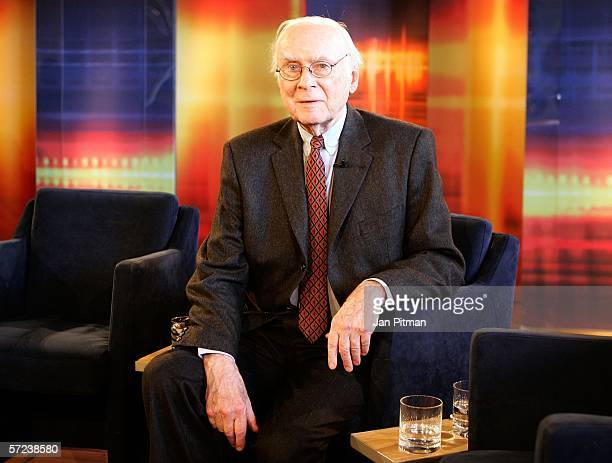 Vicco von Buelow known as 'Loriot' poses for photographers after the TV show 'Kerner' on April 3 2006 in Weilheim Germany