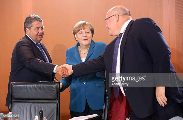 Vice Chancellor and Economy and Energy Minister Sigmar Gabriel German Chancellor Angela Merkel and Minister of the Chancellery Peter Altmaier arrive...