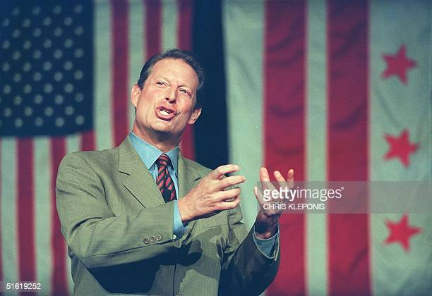 Vice President and Democratic presidential candidate Al Gore addresses the Democratic National Committee at their Fall meeting 25 September 1999 in...
