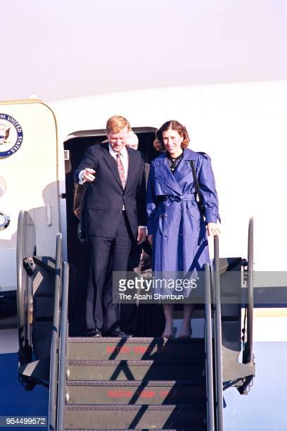 US Vice President Dan Quayle and his wife Marilyn are seen on arrival at US Yokota Air Base on November 9 1990 in Fussa Tokyo Japan