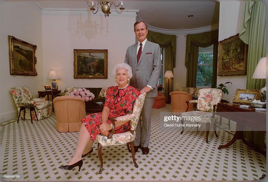 Vice President George H.W. Bush and Barbara Bush at the Vice President's Residence : News Photo