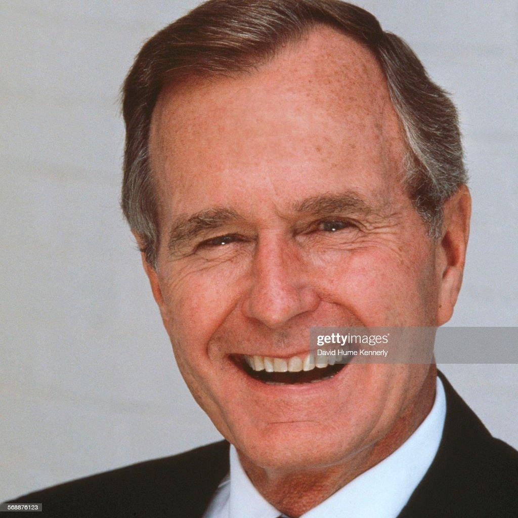 George H. W. Bush : News Photo