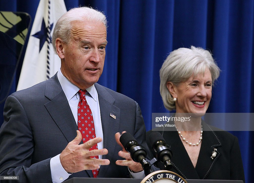 Biden And Sebelius Make Recovery Act Announcement : News Photo