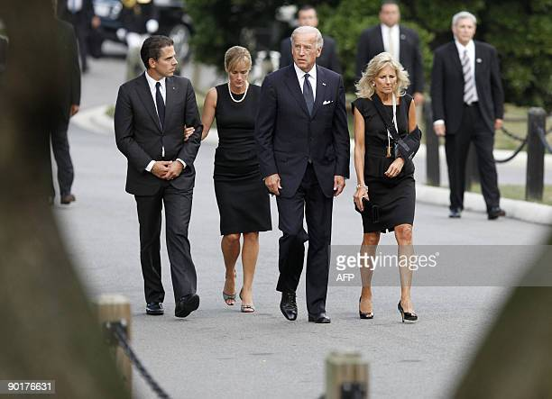US Vice President Joe Biden arrives at Arlington National Cemetery with his wife Dr Jill Biden his son Hunter and his daughterinlaw Kathleen for the...