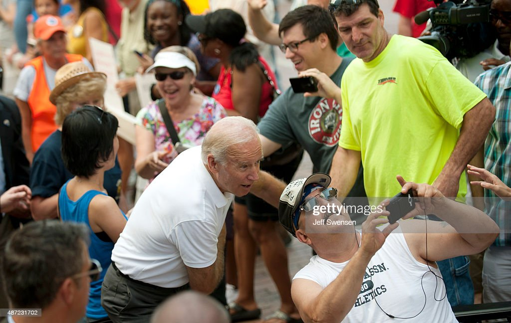 Joe Biden attends Allegheny County Labor Day Parade : News Photo