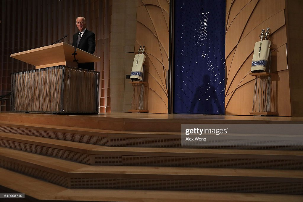 U. S. Vice President Joseph Biden speaks during a memorial service for the late former Israeli president Shimon Peres at the Adas Israel Congregation October 6, 2016 in Washington, DC. Peres, who had also served as Israeli prime minister twice, died on September 28 in a Tel Aviv area hospital at the age of 93.