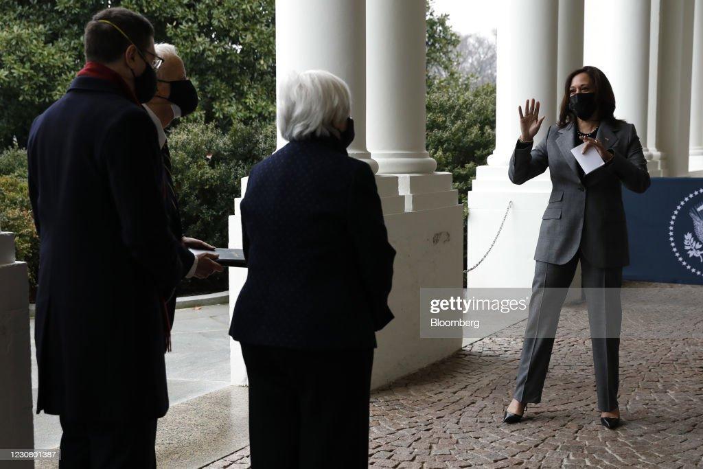Vice President Harris Swears InJanet YellenAs Treasury Secretary : News Photo