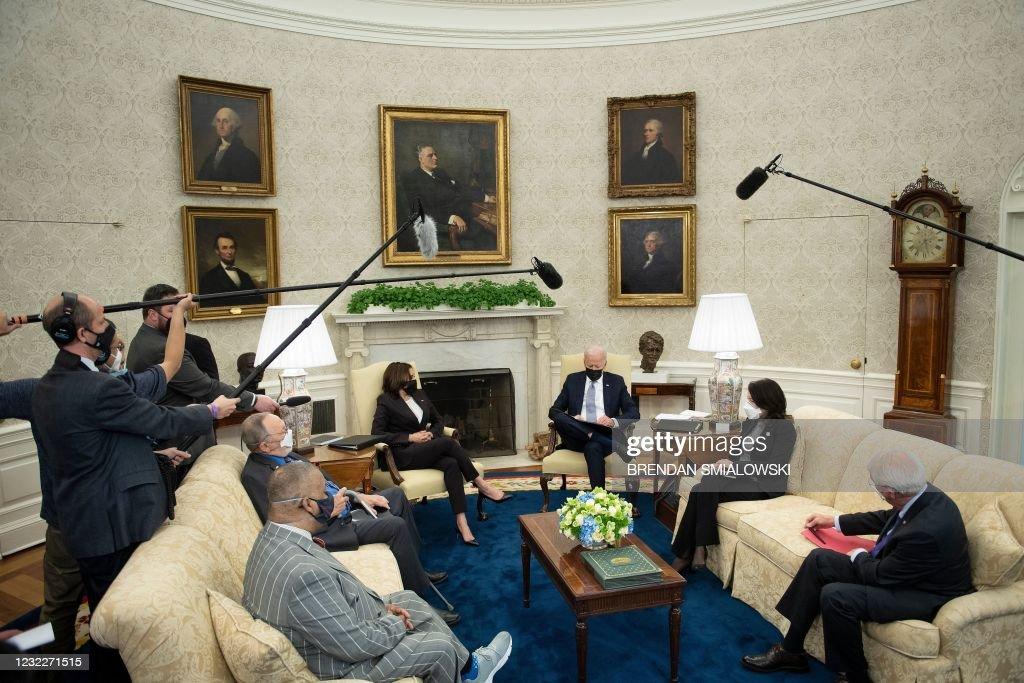 US-POLITICS-BIDEN-JOBS : News Photo