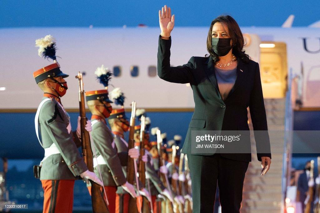 TOPSHOT-GUATEMALA-US-POLITICS-DIPLOMACY : News Photo