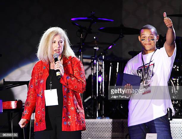 Vice President of Corporate Relations at Allstate Insurance Company Sari Macrie and PJ Sparks speak onstage at the Allstate X the TXT Event at the...