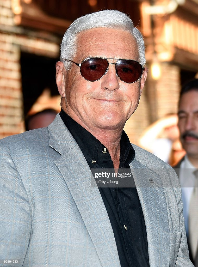 Vice President of General Motors Bob Lutz visits 'Late Show with David Letterman' at the Ed Sullivan Theater on May 20, 2009 in New York City.