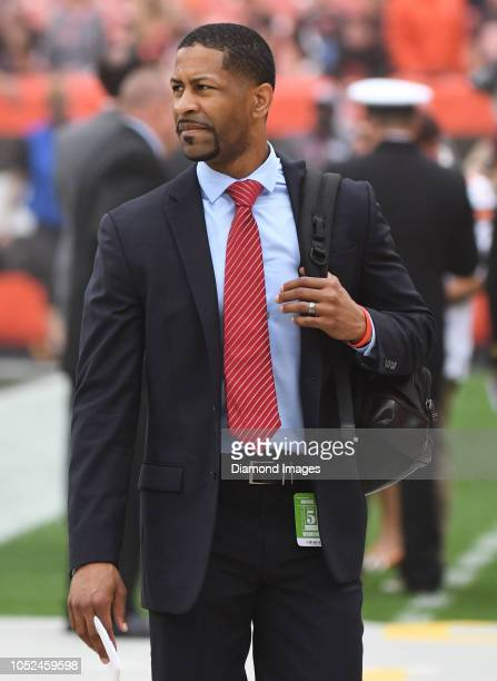 Vice president of player personnel Andrew Berry of the Cleveland Browns on the sideline prior to a game against the Baltimore Ravens on October 7...